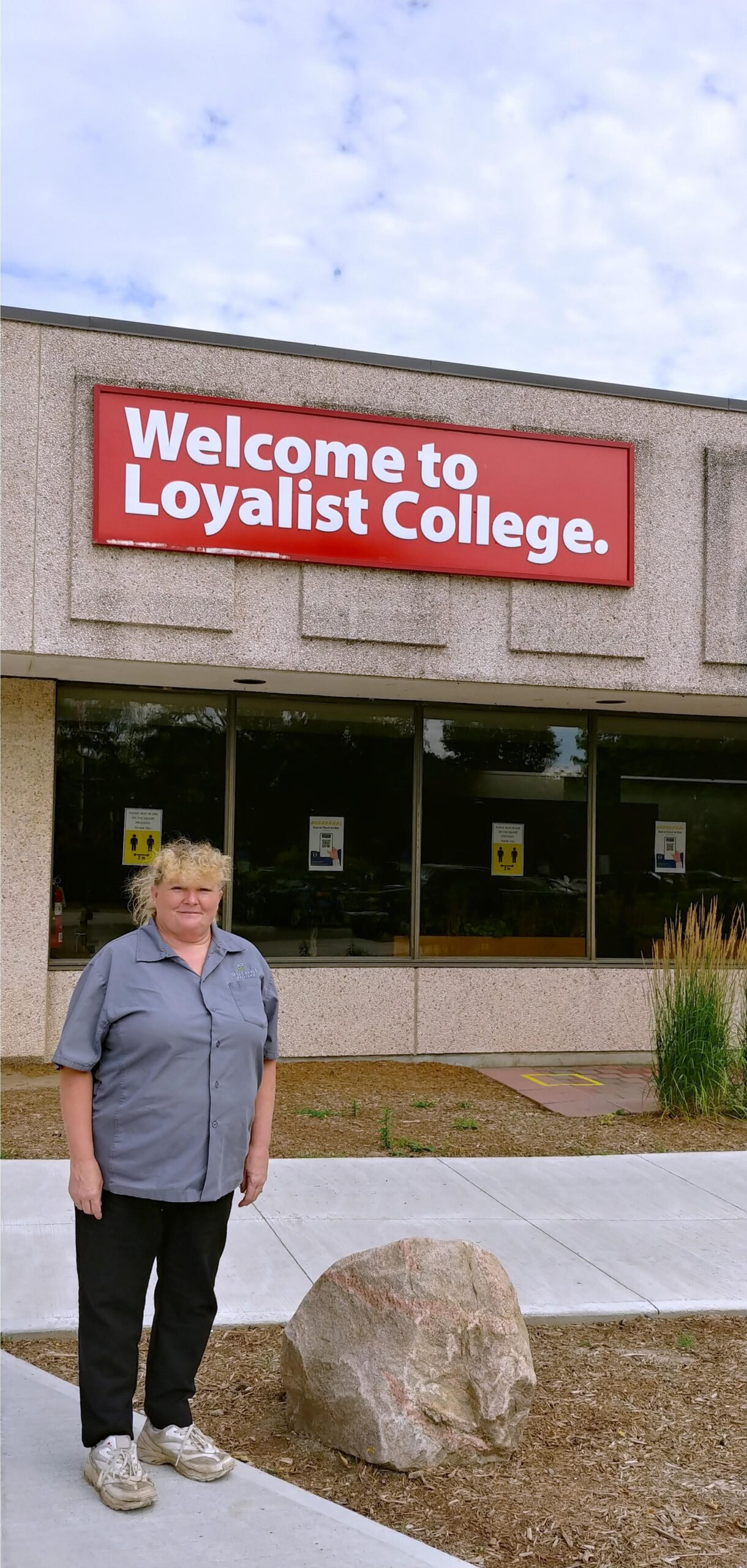 Janitors Working for Compass Canada at Loyalist College Win Sick Days, a Wage Boost, and a Pension in Latest Round of Negotiations