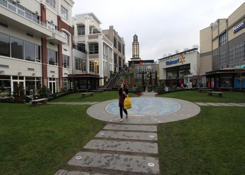 Uptown Shopping Centre May Be Left Without Sanitation After Janitors Vote to Strike